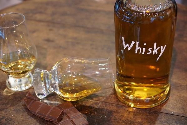 whisky-1547535_960_720