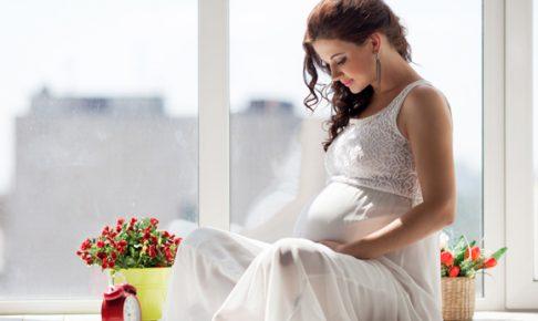 外国の綺麗な妊婦さん